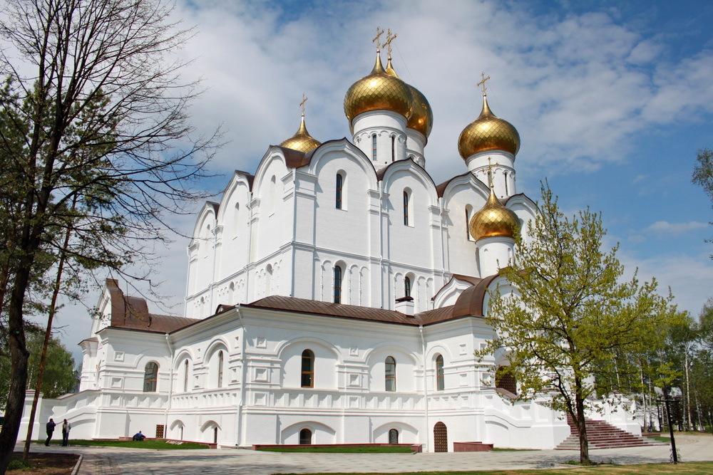 ярославль успенский собор фото